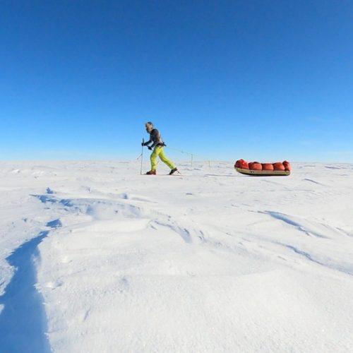 jacek-libucha-sanie-ekspedycja-biegun-poludniowy-samotnie